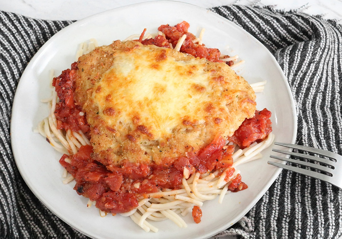 This Chicken Parmesan Recipe For One Person Will Make You Feel Like A Master Chef