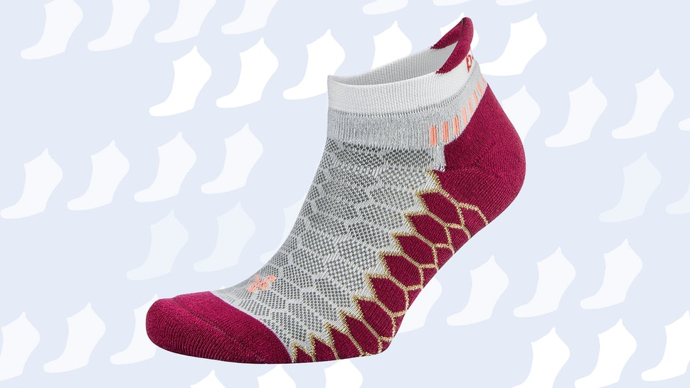 The 5 Best Cushioned Running Socks
