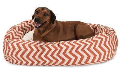 Majestic Pet Chevron Sherpa Bagel Bed In XL
