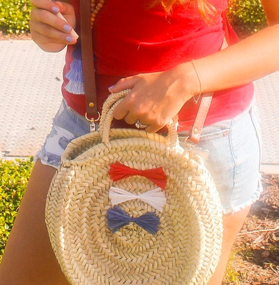USA July 4th Ombré Raffia Bow Round Straw Handwoven Crossbody Bag