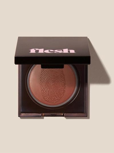 Swipe Flesh Lip Color Compact