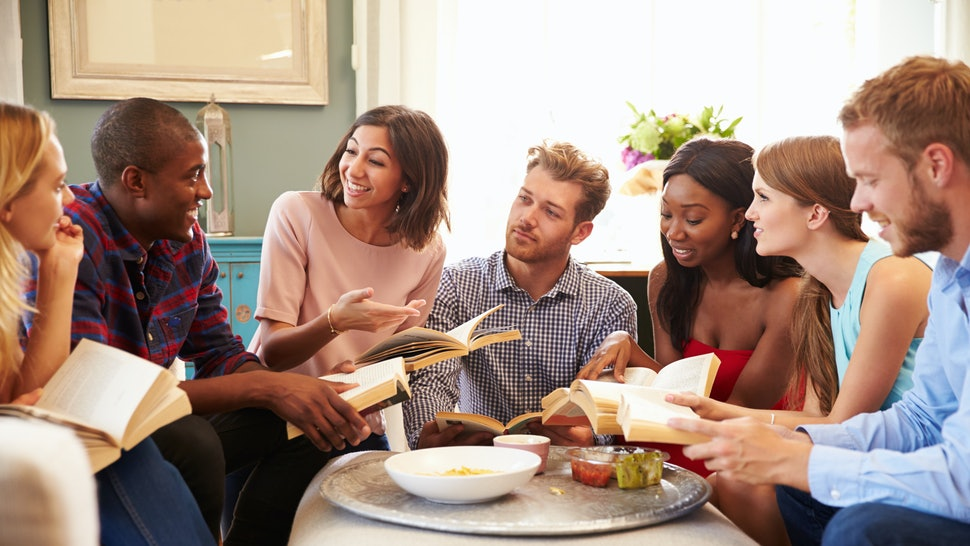 12 Tips For Hosting A Successful Book Club Meeting When No
