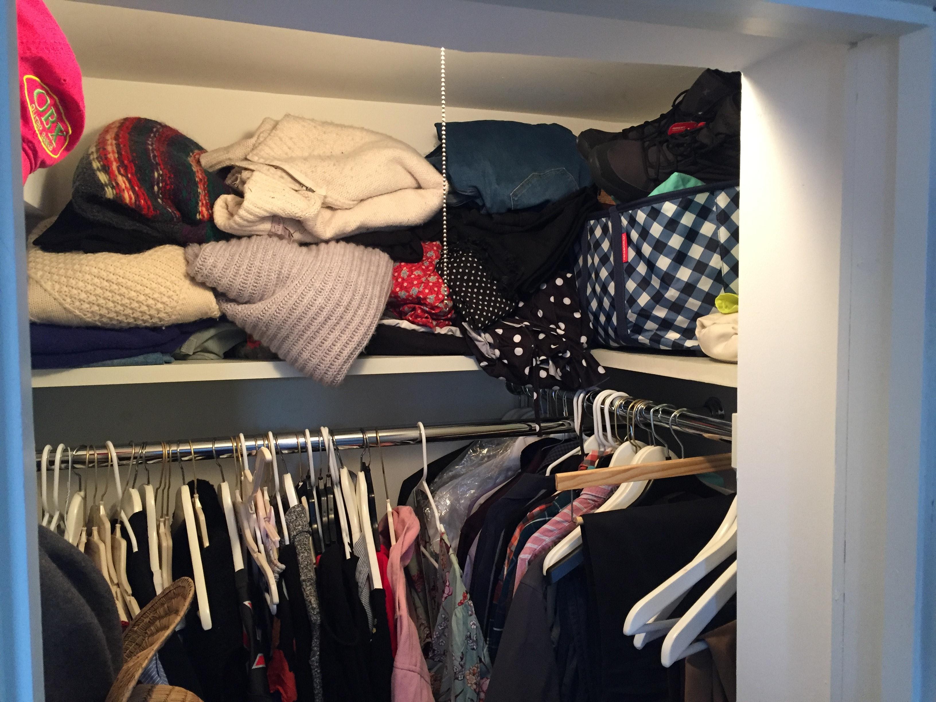 How To Organize A Small Closet According To A Professional Organizer