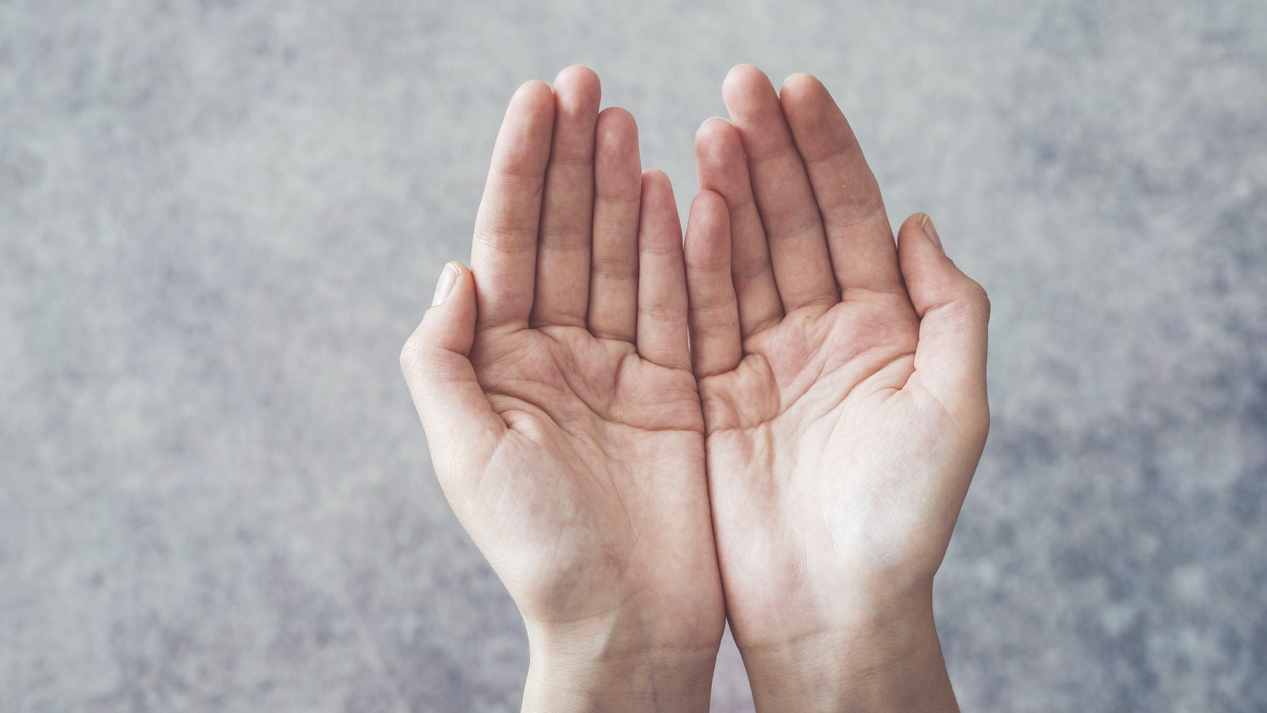 What Kind Of Partner You Are, Based On Your Palm Lines