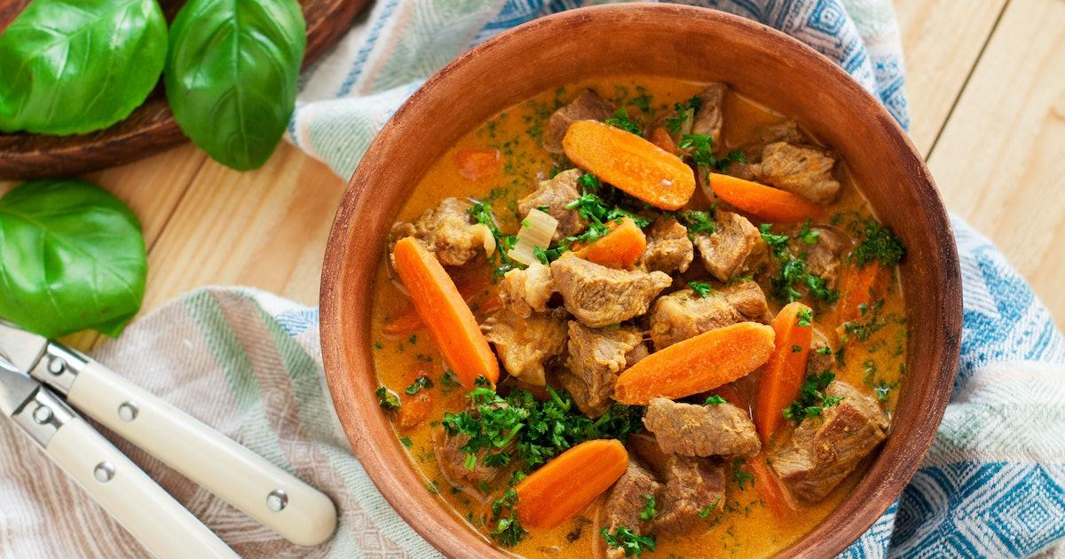 10 Crock-Pot Recipes For Beginners That Definitely Don't Taste Simple
