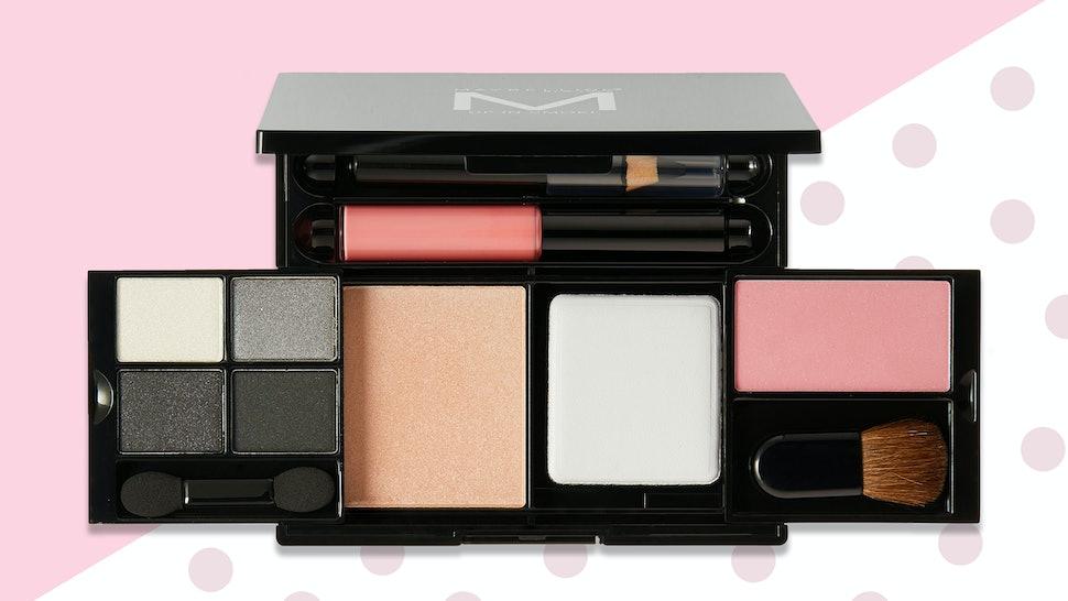4403c1e37d5 The 6 Best Travel Makeup Kits
