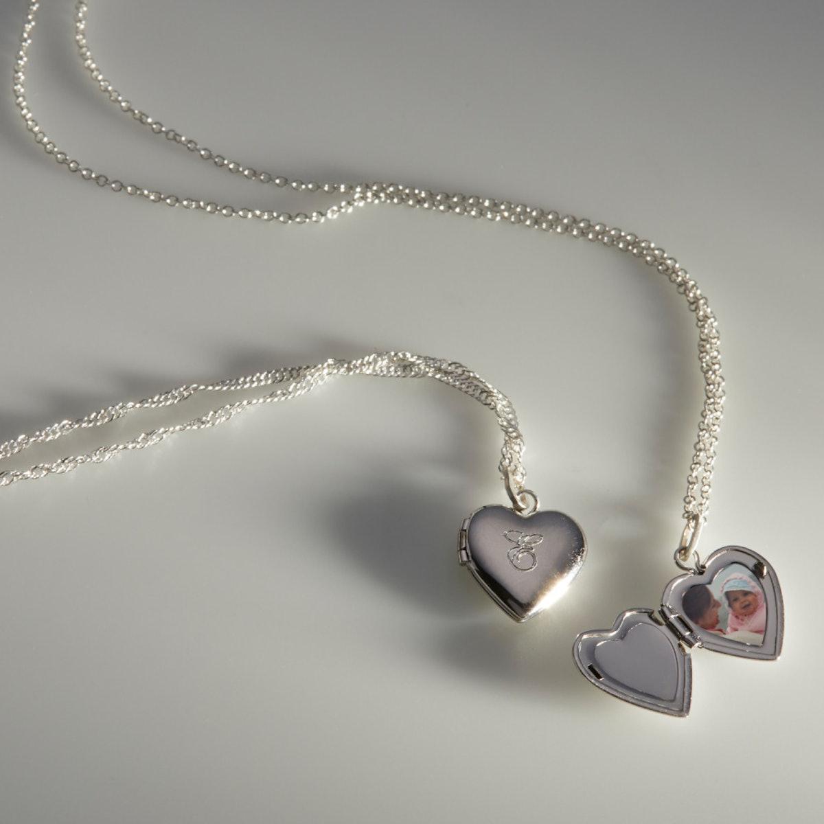 DOLLHOUSE HEART LOCKET