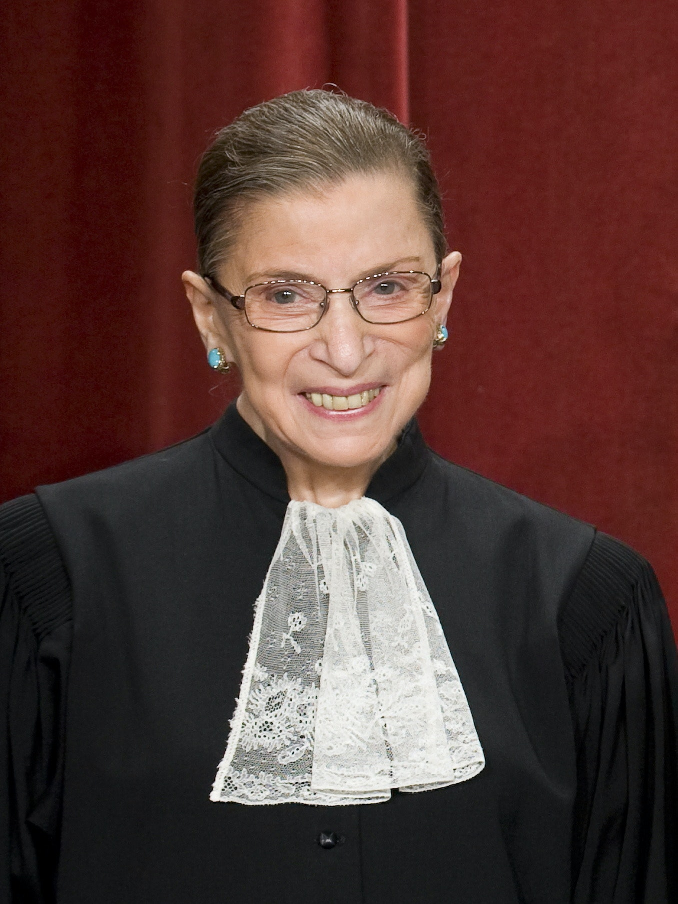 What Do Ruth Bader Ginsburg's Collars Mean? Each One Has A Special ...