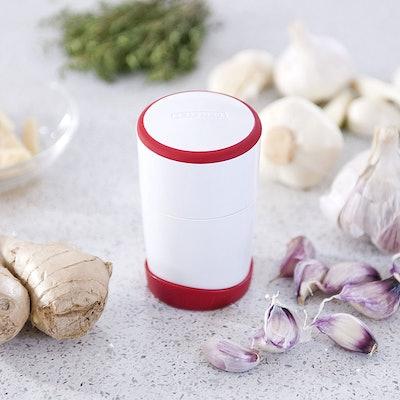 Leifheit Comfortline Gourmet Garlic Slicer