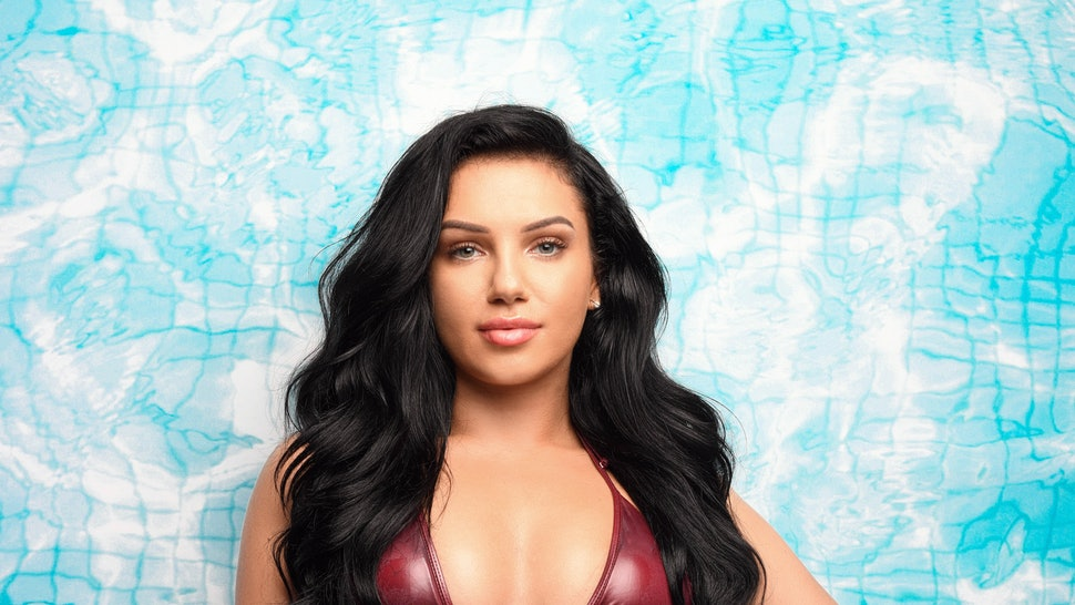 6f7a0b682ebb Alexandra Cane Is  Love Island s Latest Resident   You Might Have Seen Her  Face Before