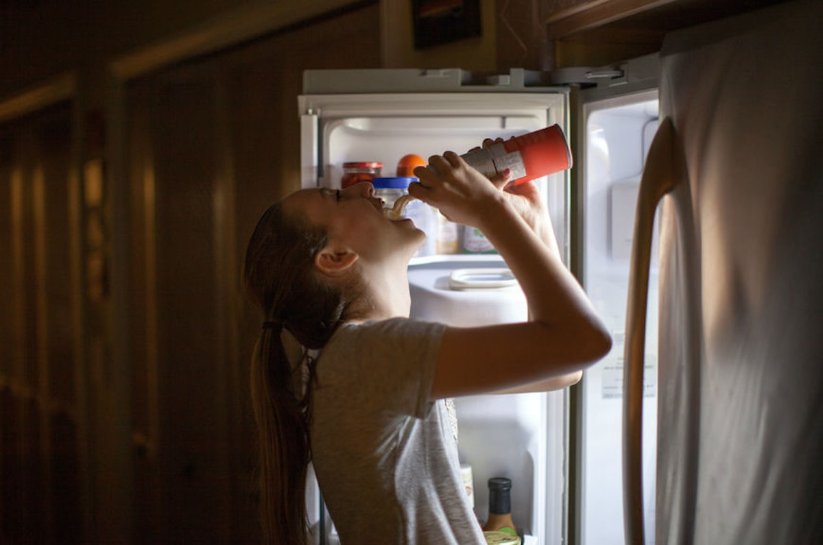 Why Am I Always Hungry At Night? Experts Say It Has A Lot To Do With Your Daytime Habits