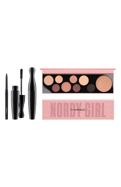 MAC Nordy Girl Matte Face & Eye Set