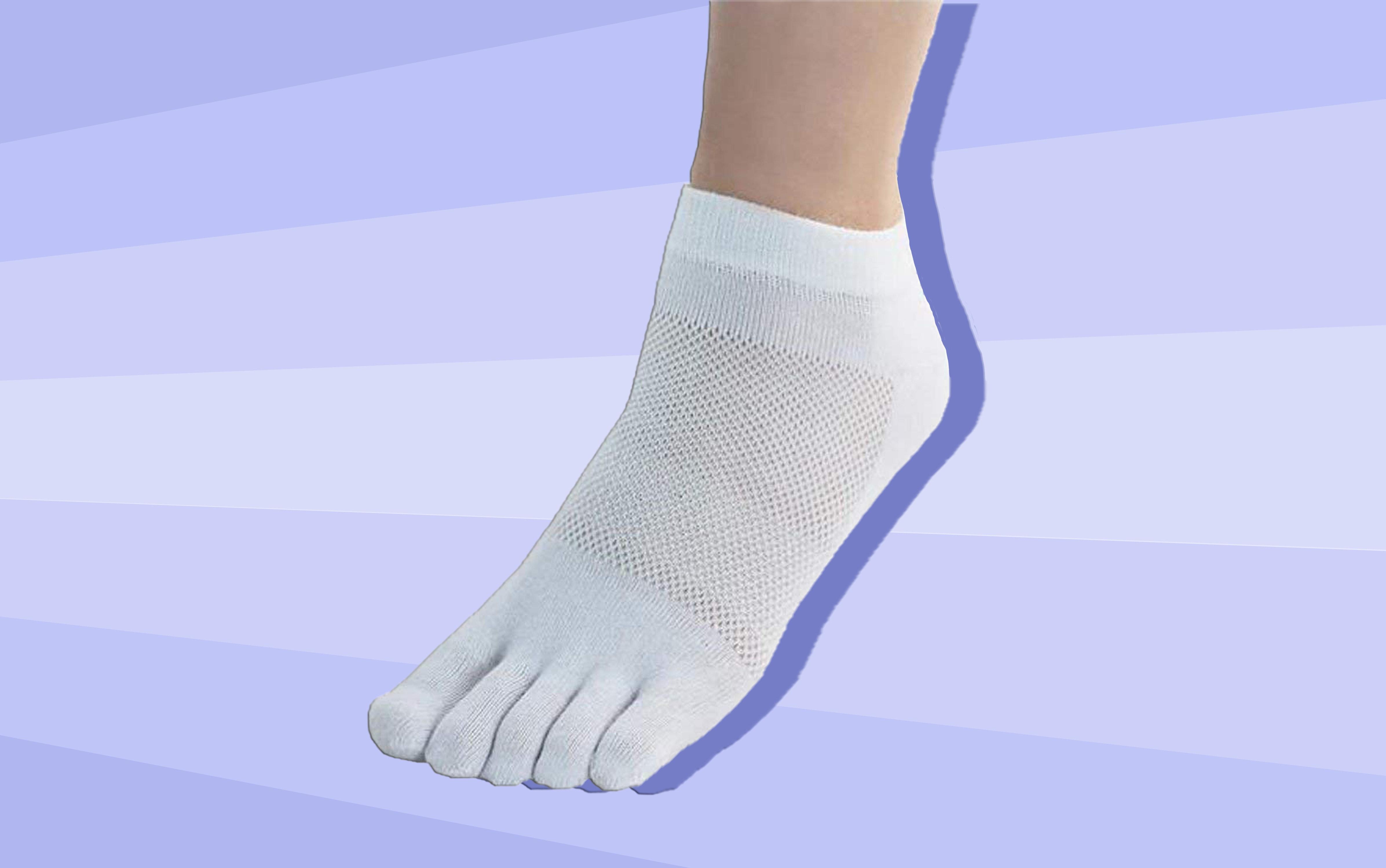 00308f186c4ea The 5 Best Toe Socks