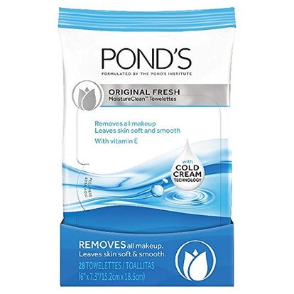 Pond's Original Fresh MoistureClean Towelettes (pack of 4) — 30% Off