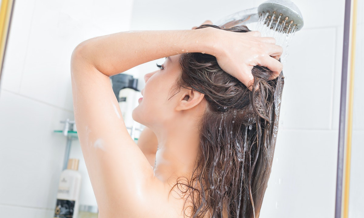 The 4 Best Shower Filters for Hair Loss