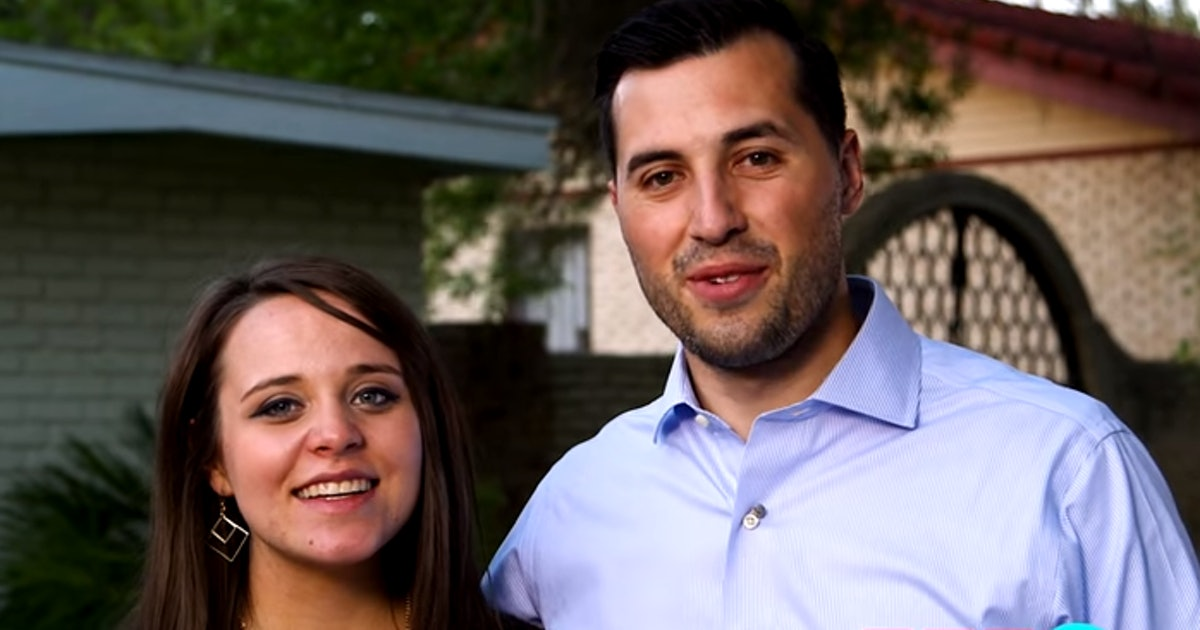 Do Duggar Women Take Maternity Leave? They Stick With Family Traditions