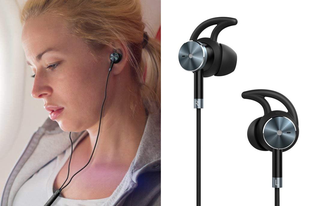 The 4 Best Headphones For Planes