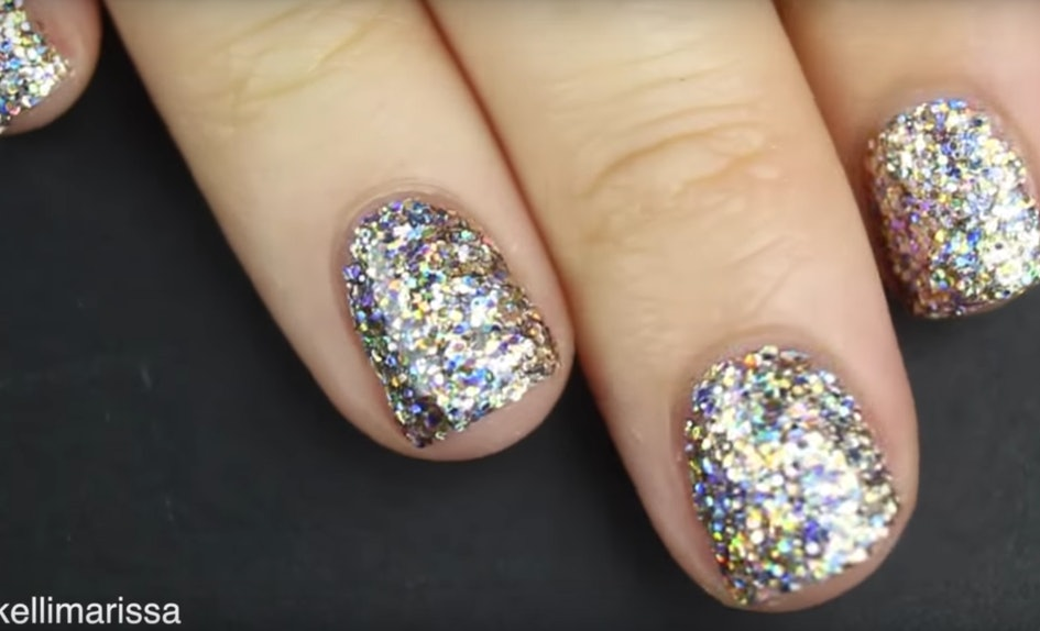 This Glitter Nail Polish Hack Will Give You Solidly Sparkly Nails In ...