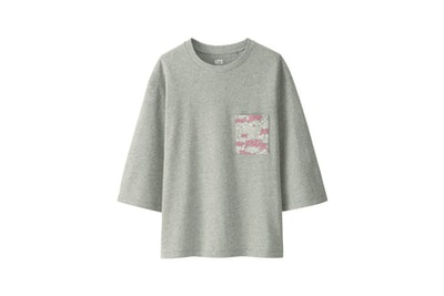 Women Love & Mickey Mouse Collection Graphic T-shirt (Gray)