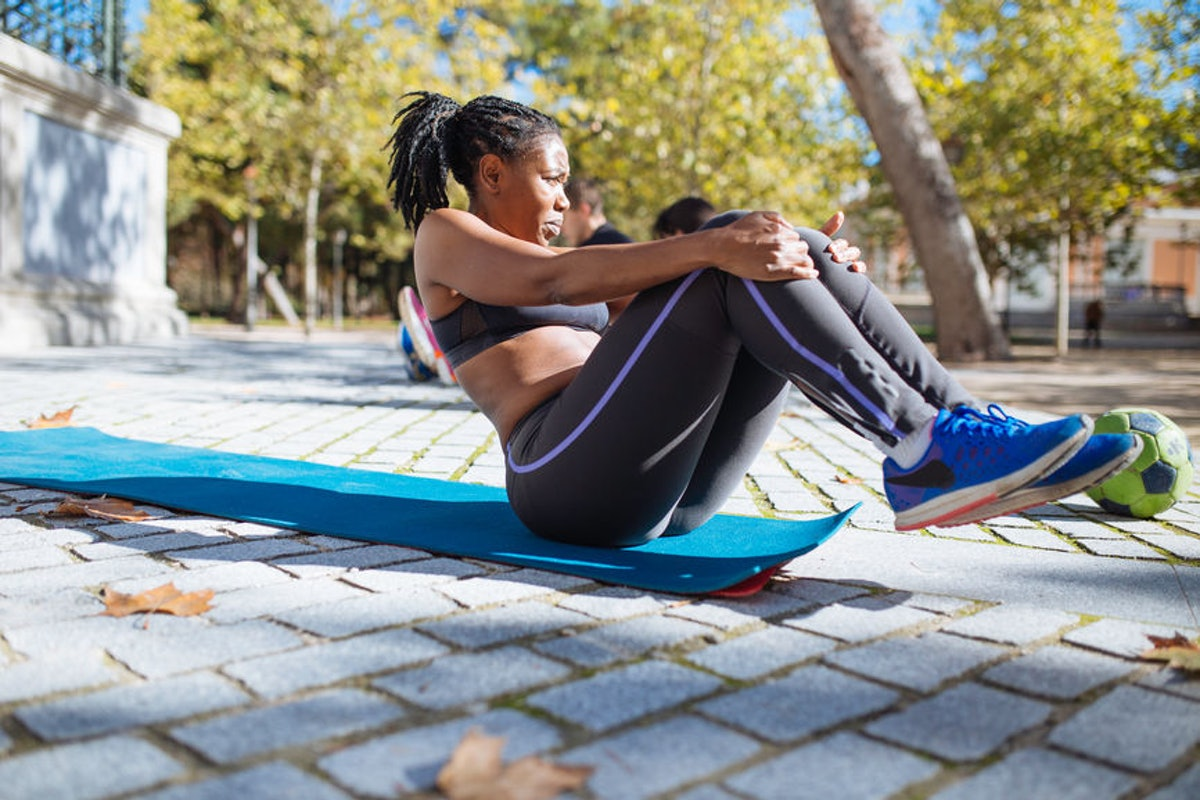 Ab Workouts That Don't Involve Crunches Do Exist & A Celebrity Trainer Reveals The Best Ones