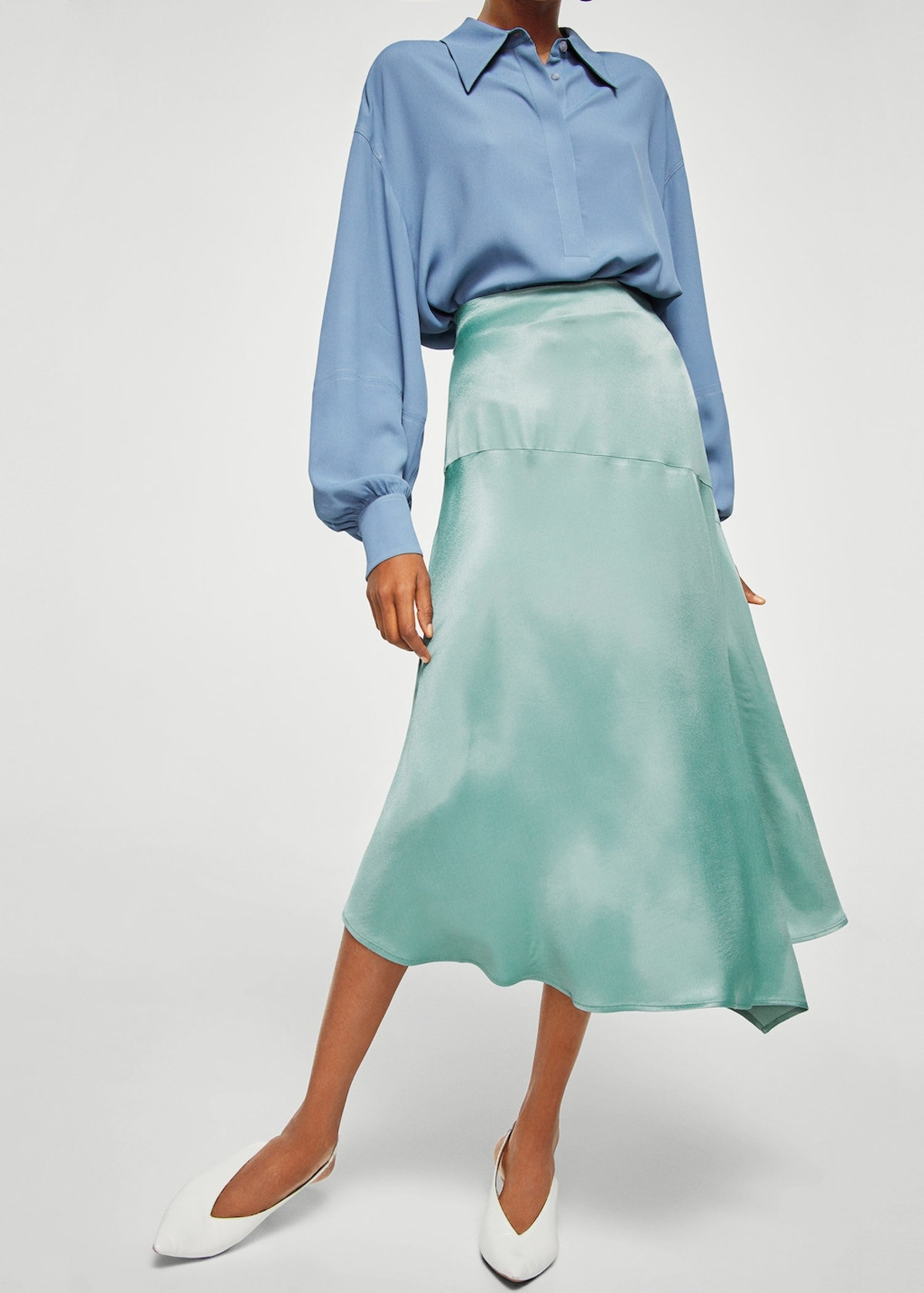 Satin asymetric skirt