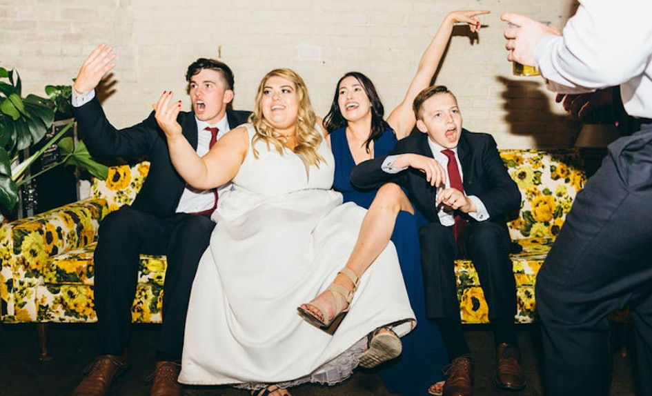 8 People Reveal How To Crash A Wedding Not Get Caught Based On