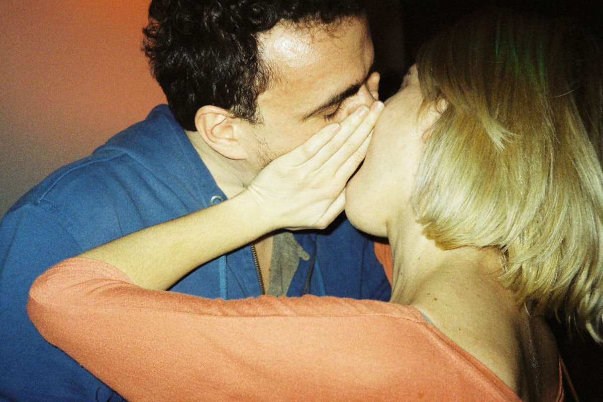Does Cheating Make You Happy? A New Study Finds That Your Gender Is A Huge Factor