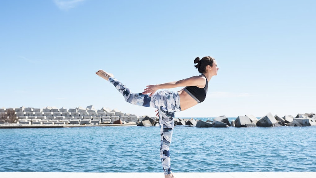 Is Yoga Good For An Upset Stomach? Yogis Reveal The Best