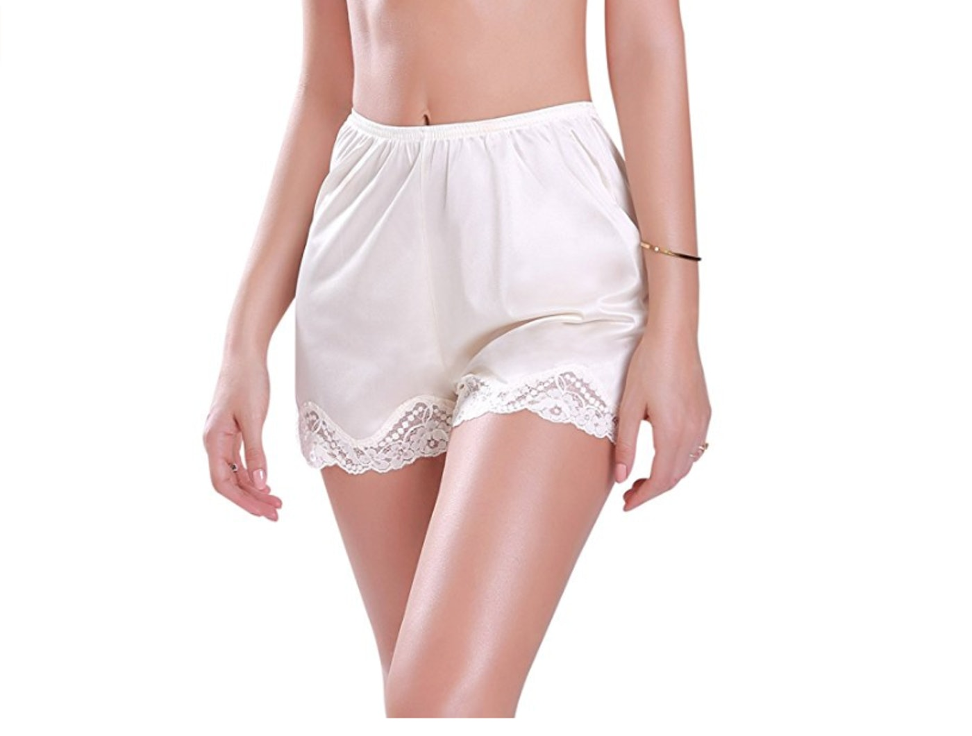 1f5e380e723c 10 Best Undies For Skirts & Dresses When You Want More Coverage, Because  Wind