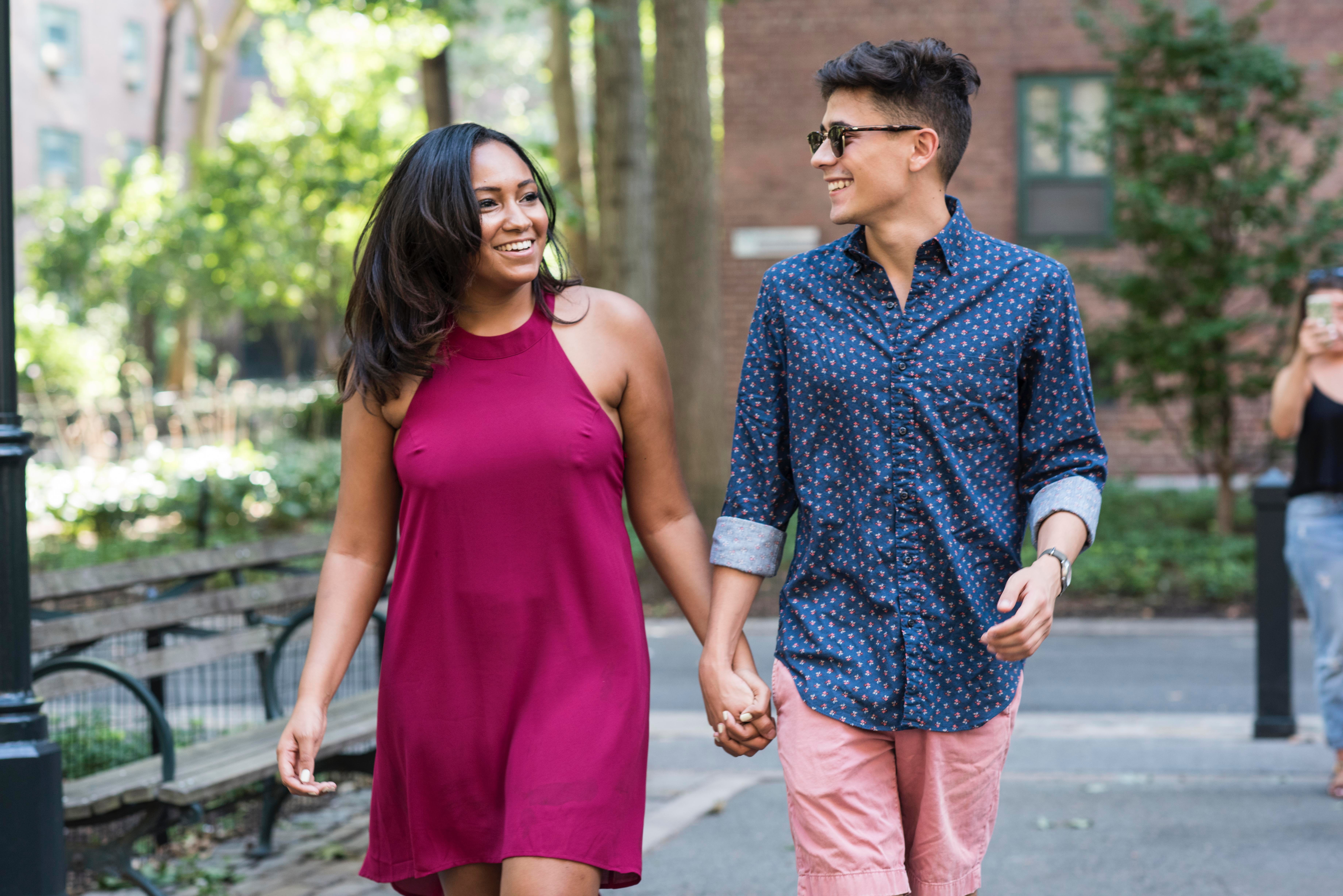 9 First Date Tips For When You're Going Out With Someone You