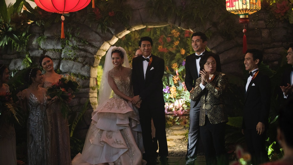 Who Sings At The Crazy Rich Asians Wedding Cant Help Falling In