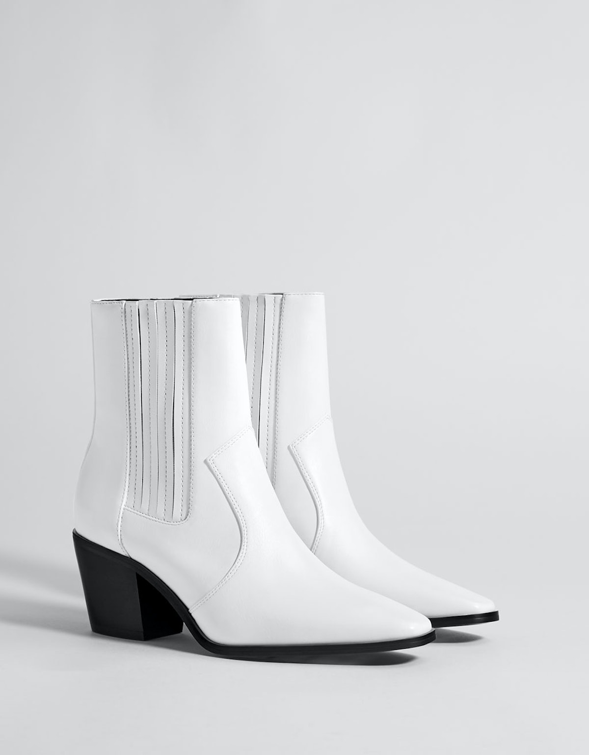 Stretch cowboy ankle boots