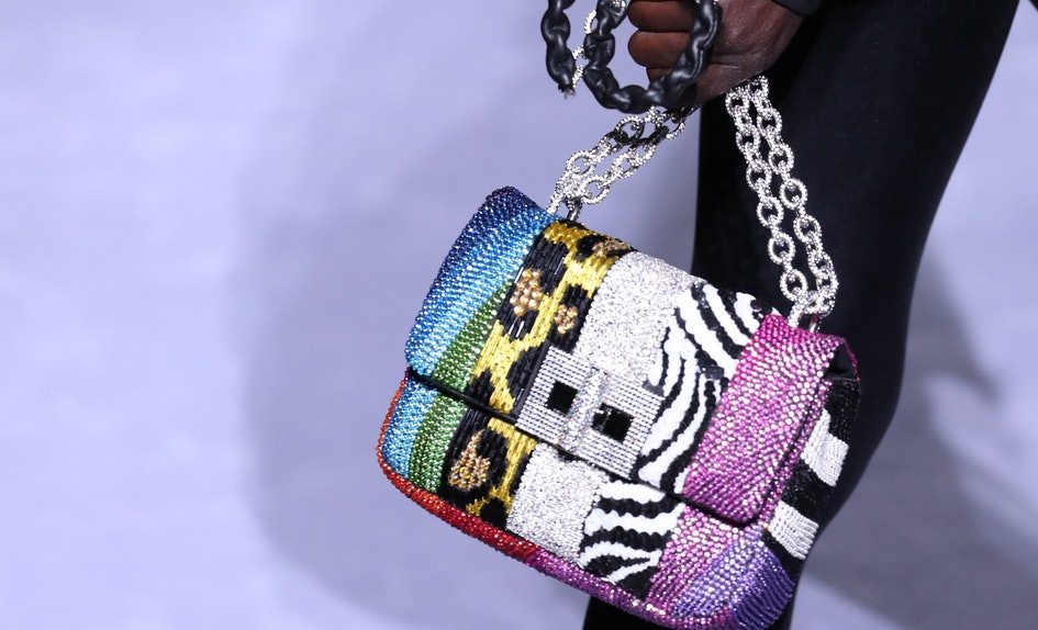 Fall 2018 Bag Trends Will Make You Feel Like Re Carrying Little Works Of Art