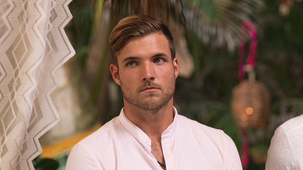 This Photo Of Jordan From 'Bachelor In Paradise' Modeling