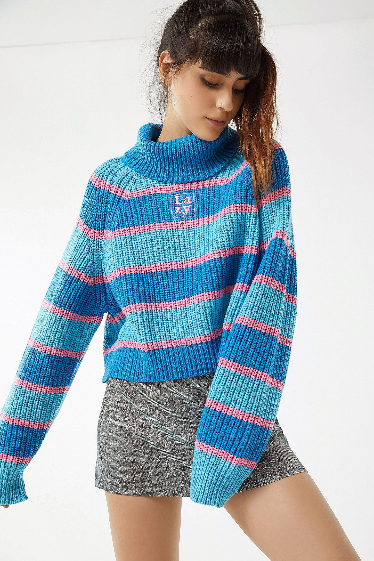 a133dca1fa These Fall 2018 Sweater Trends Will Give You All Of The Coziest Hygge Vibes