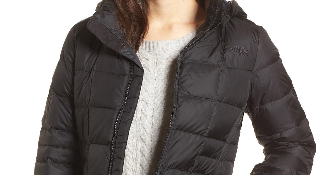 29fada7b036 This Lightweight Puffer Jacket Has Over 1,200 5-Star Reviews On ...