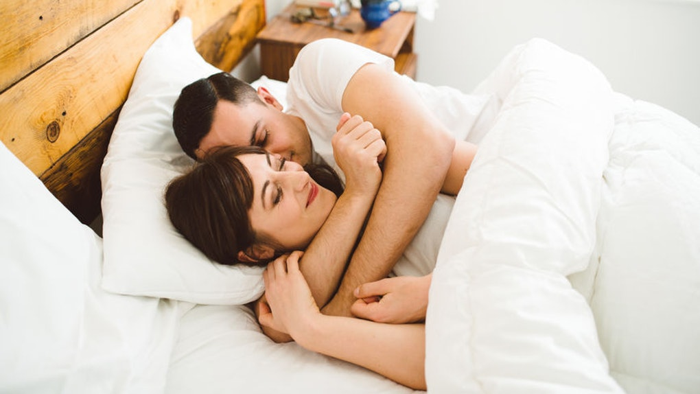 5 Best Things About Waking Up Next To Your Partner, So