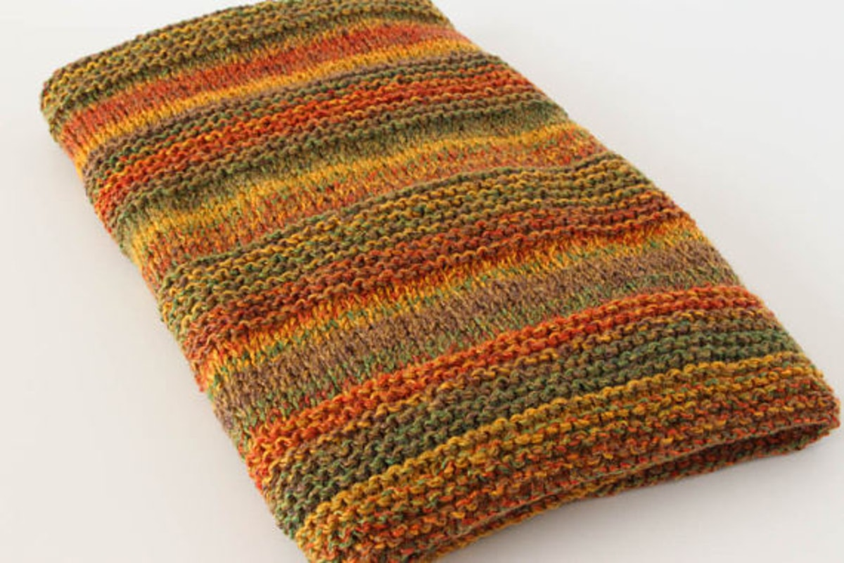 Knit Throw Blanket Marbled Design