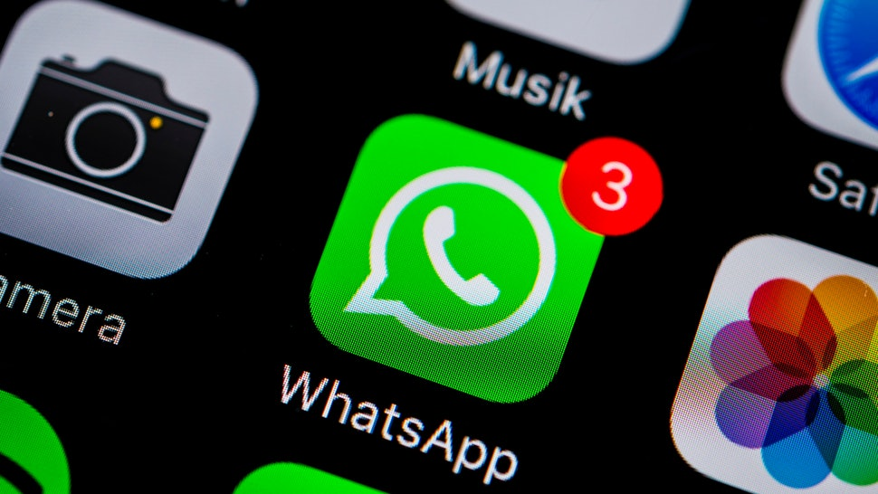 Why Don't I Have WhatsApp Group Video Calls? Here's What To Do If