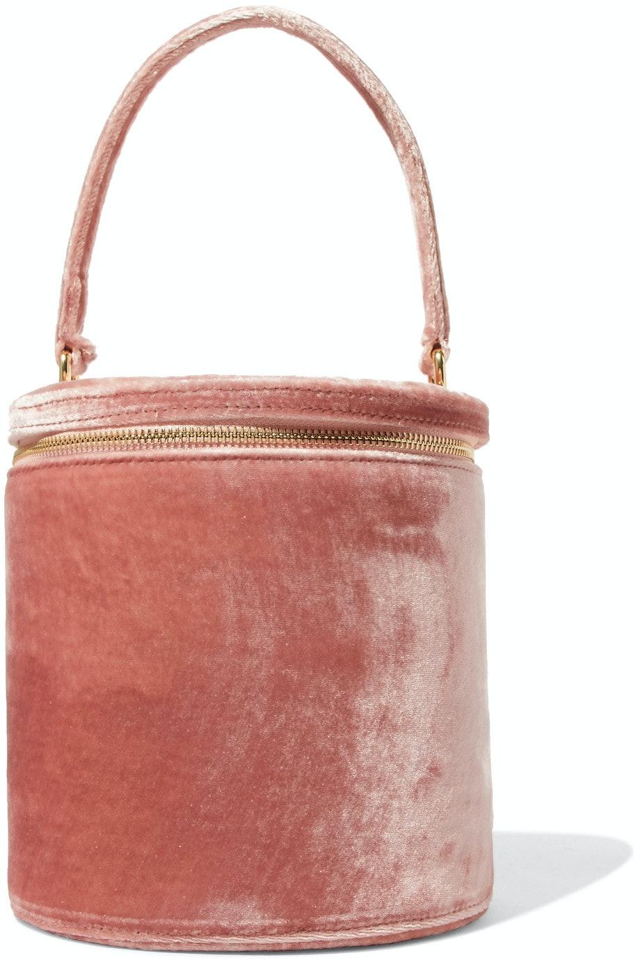 b266c26957d6 15 Velvet Bags That Will Make Your Fall Wardrobe