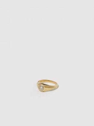 Demi Signet Diamond Ring