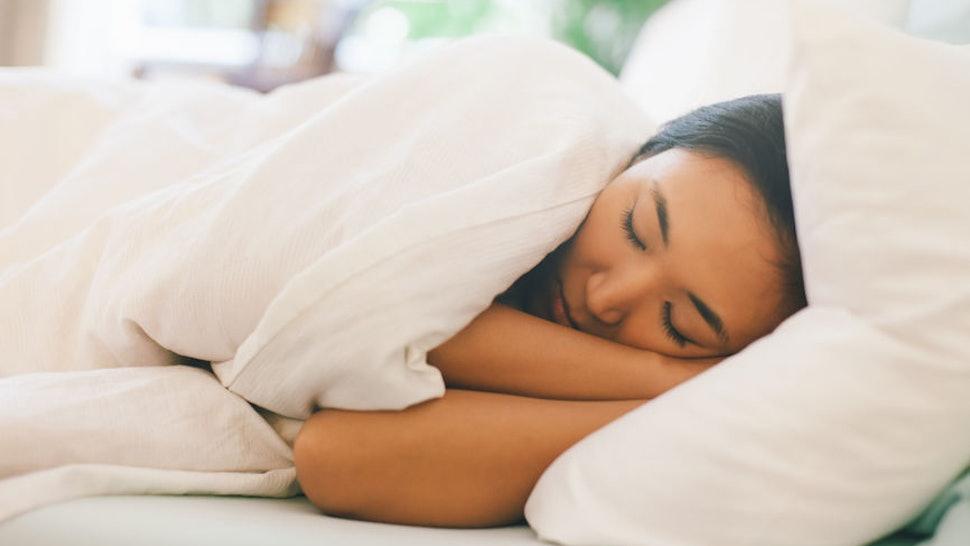 Картинки по запросу Sleep on a side
