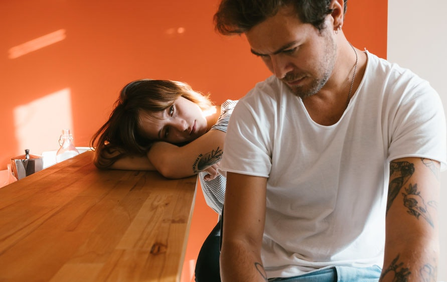 How to keep emotions in check while dating