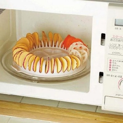 WhitelotousMicrowave Potato Chip Baking Tray
