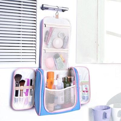 MelodySusie Hanging Toiletry Bag