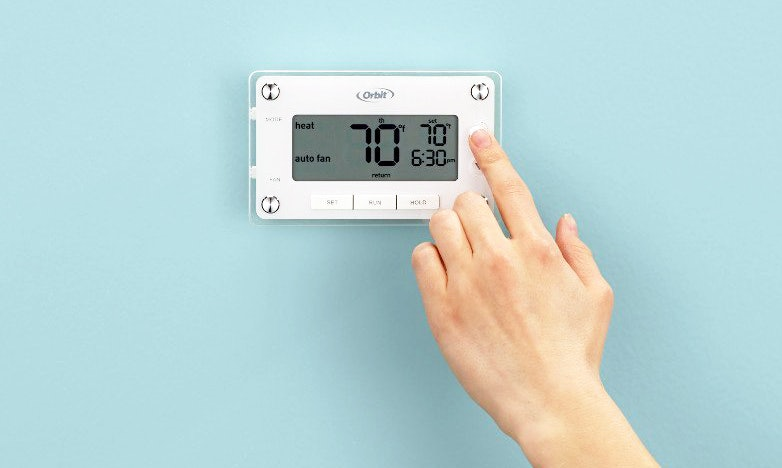 The 4 Best Programmable Thermostats Under  50