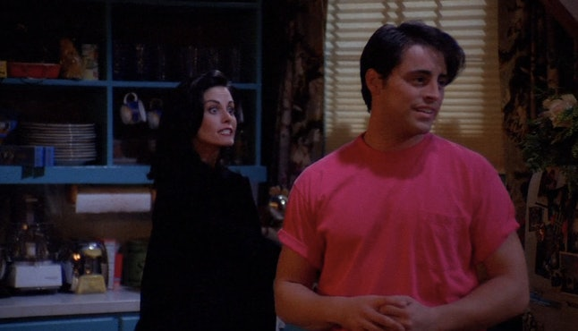 13 'Friends' Season 1 Moments That Totally Foreshadowed Things To