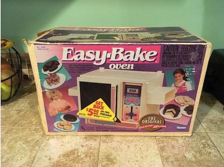 Vintage 1990 Easy Bake Oven Kenner Works