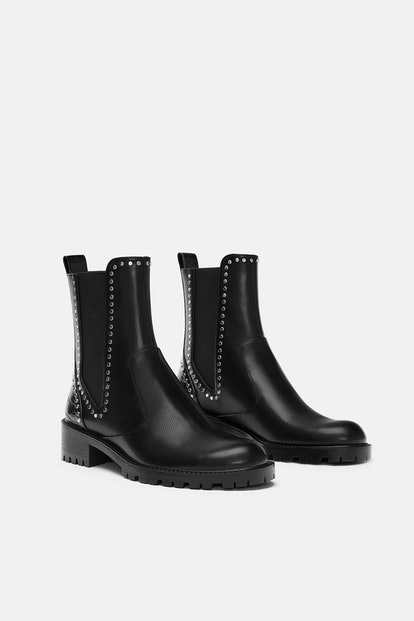FLAT ANKLE BOOTS WITH STUDS