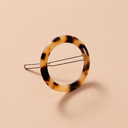 Machete Small Tortoise Print Hair Clip